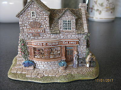 Lilliput Lane - The Baker's Shop From The Village Shop Set
