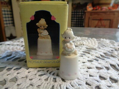 Vintage Precious Moments MOTHER SEW DEAR THIMBLE - # 13293 -  Enesco 1984