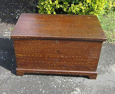 SMALL EARLY 1800's PINE BOX /COFFER with BRACKET FEET & ORIGINAL SCUMBLE FINISH