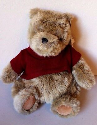 Gund Disney's Classic Winnie the Pooh Bear Wearing Red Sweater Vintage 14""