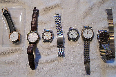 LOT OF 6 VINTAGE MENS WATCHES  Timex Pulsar & others