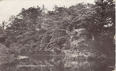 Postcard - Llandrindod Wells - Lovers' Leap
