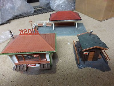 Group Of 3 European Style Buildings Ho Scale