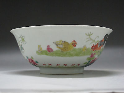 Chinese Famille Rose Porcelain Bowl Hand Painted cock hen chick flower Have mark