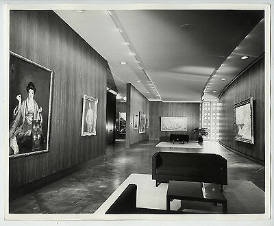 Arnold Eagle VINTAGE 1964 STAMPED Museum of Modern Art Gallery Press Photo