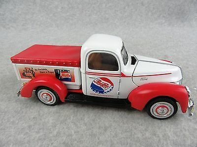 Pepsi-Cola 1940 Ford Pickup by Golden Wheels 1/25