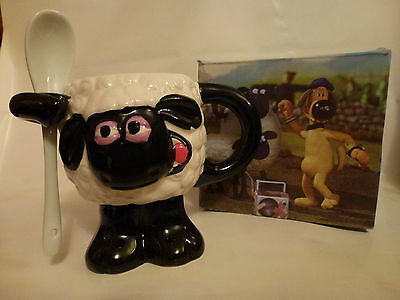 Childs Wallace and Gromit  Shaun the Sheep Mug New & Boxed + Ceramic Spoon