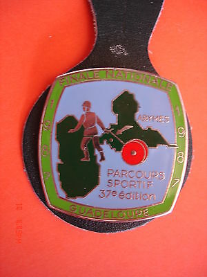 Ancien Rare(Obsolete) Insigne Collection  Pompiers    Guadeloupe