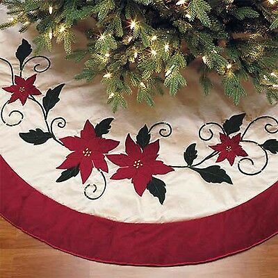 Christmas Tree Skirt Luxury Faux Fur Red Poinsettia 1.6m (66in)