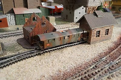 Piko, Wwii Military Ambulance Wagon With Internal Lights, Scale Tt