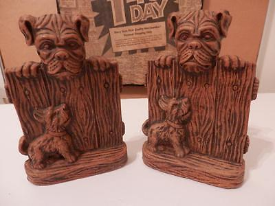 Vintage BULLDOG & TERRIER FENCED NEIGHBORS BOOKENDS~Durawood/Metal Plate~VG
