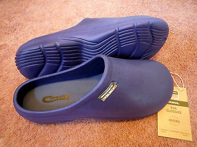 NEW Town & Country blue lightweight Eva CLOGGIES--Size 11 adult.