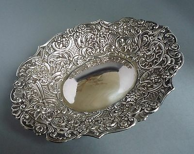 ANTIQUE VICTORIAN SOLID SILVER DISH/BOWL 176 grams WILLIAM COMYNS & SONS 1895
