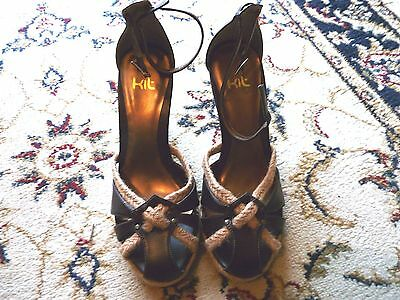 ladies wedge  sandals size 5. BNIB.