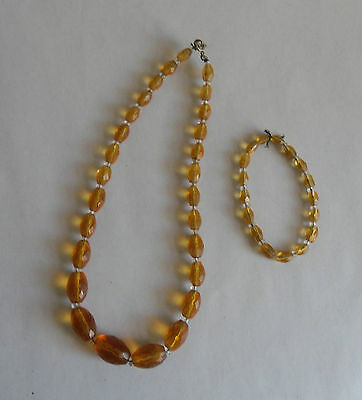 Vintage 60s Necklace. Faceted Graduating Glass Beads in Faux Amber. Spare Beads