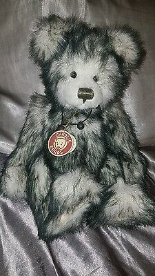 rare Charlie Bears finley with tags