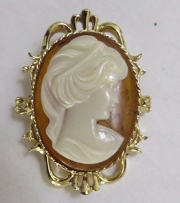 Vintage Gerrys Large Cameo Brooch Gold Tone