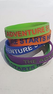 20 x Silicone Wristbands - mixed colours and sizes - 'The Adventure Starts Here'