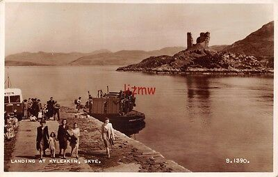 Isle Of Skye Ferry Boat Landing At Kyleakin Passengers On Quayside Photo Card