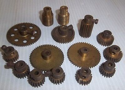 15 Assorted Meccano Gear Wheels Pinions & Worms