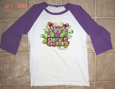2006 Chuck E. Cheese Pizza Restaurant Graphic Shirt Youth XL Adult XS?