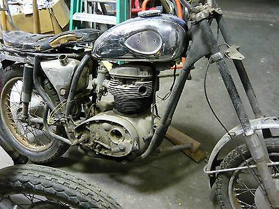 1967 BSA  1967 BSA A65L Lightning Project no title