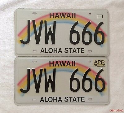 Authentic Hawaii Automobile License Plates 2001 JVW 666 USED 2003
