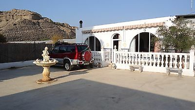 4/5 Bed Villa With Swimming Pool In Southern Spain And English Language Academy