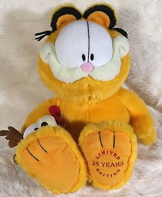 """Garfield and Odie 18"""" Plush 25th Anniversary Limited Edition"""