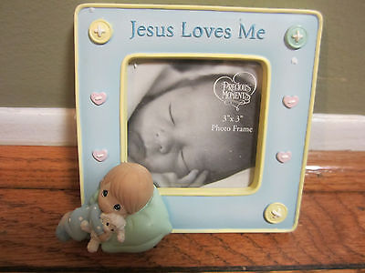 "Nib Precious Moments Boy Jesus Loves Me Photo Frame 3"" X 3""  813004"
