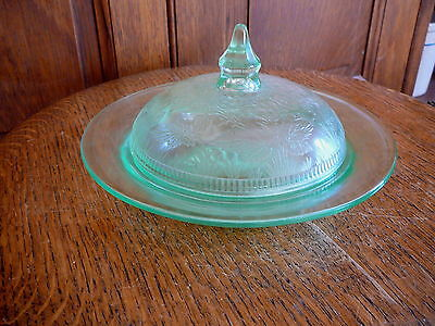Us Glass  - Strawberry Green  Depression Glass - Round Butter Dish & Cover - Vg