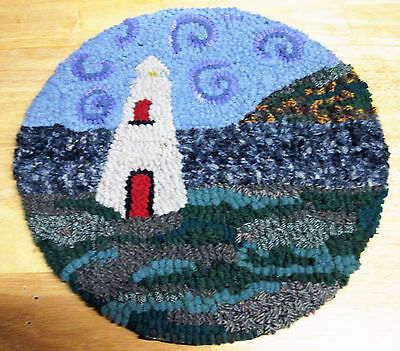 ROUND LIGHT HOUSE  Primitive Rug Hooking  with cut wool fabric strips