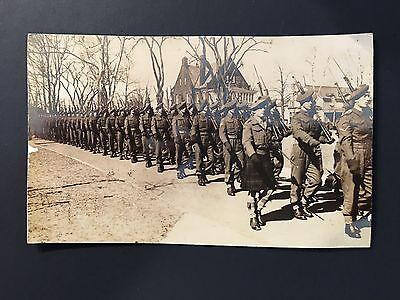 Original Ww2 Scottish Highlands Cameroons Real Photo Card  The Queen's Own