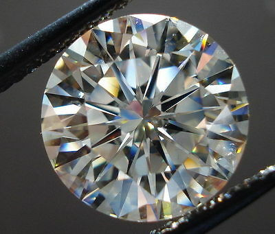 3.02 carat 9.32 mm fiery G/H absolute white loose moissanite round brilliant cut