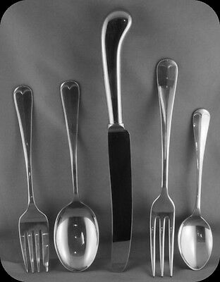 Worcester Cumberland Stainless 5 Piece Place setting