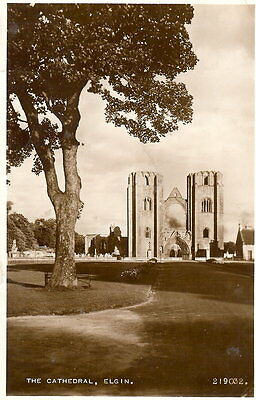 Scotland: The Cathedral, Elgin - Posted 1954 - Valentine RP #219032 (1932)