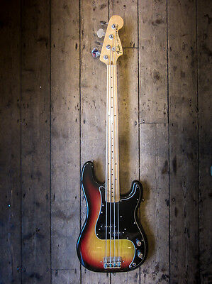 1977 Fender Precision Fretless Bass - Vintage Very Clean With Hardshell Case