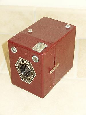 ancien appareil photo BOX GOLDY 6x9 couleur ROUGE old red camera vintage