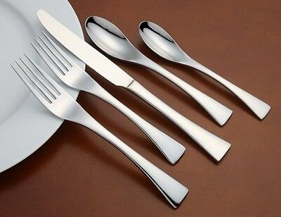 Oneida Stasis Service for 8 Stainless Flatware