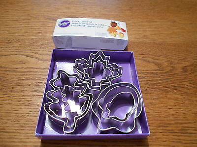 Wilton 9 pc Fall Themed Cookie Cutter Set ~New