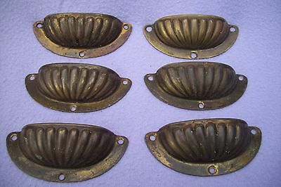 Antique Set Of 6 Brass Shell Pattern Cupboard / Drawer Handles - Uncleaned - 2