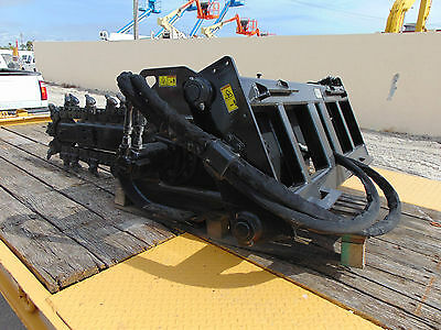 """Cat T6B Skid Steer Trencher Attachment - Serious Quality - Hydraulic - 6"""" Chain"""