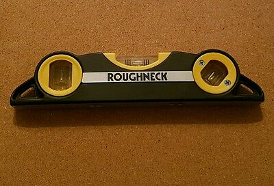 Roughneck 43-832 Magnetic Torpedo Level In Holster 3x phial 1 adjustable