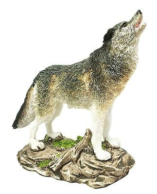 Indian Wildlife Woodlands Howling Gray Alpha Wolf Figurine Nature Statue