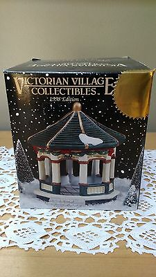 Victorian Village Collectible, Old Towne Gazebo,  1998 Edition, NEW!