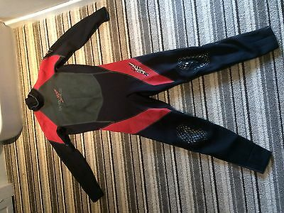 """Marlin Wetsuit Mens Large 40""""-42"""""""
