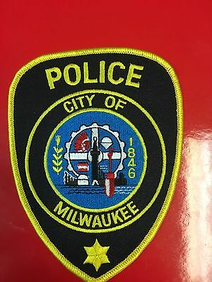 Milwaukee  Wisconsin  Police  Shoulder Patch