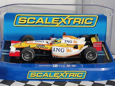 Scalextric Renault F1 2009  #7   C2987 1.32  New Old Stock Boxed