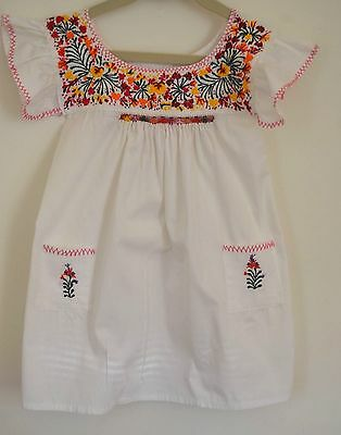 Darling Vintage Boho Child'S Embroidered Dress Ss380