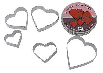 Set of 5 Metal Heart Shaped Cookie Cutters in Tin